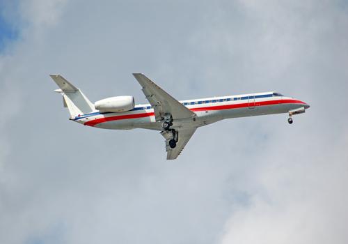 Embraer-145