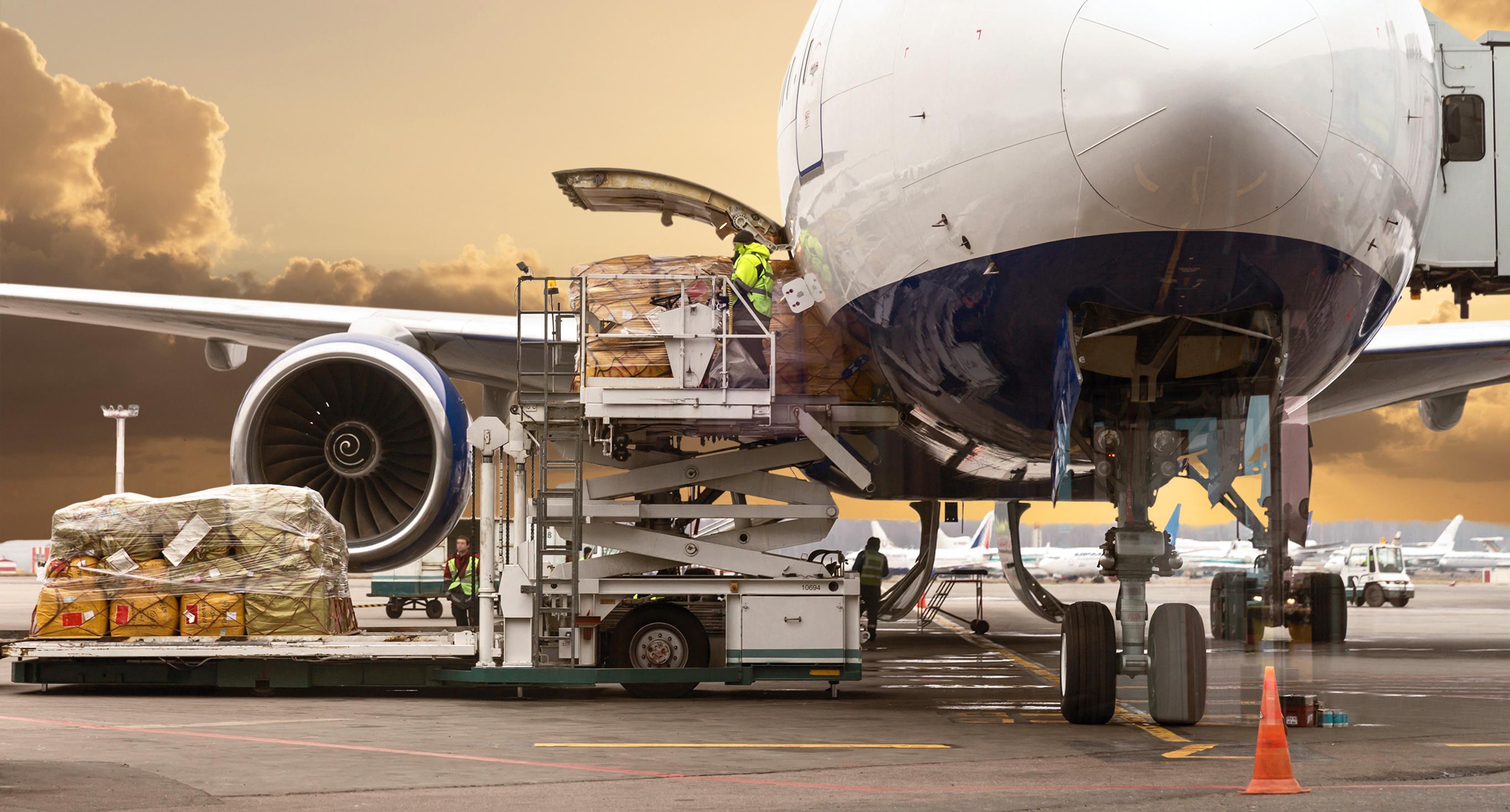 Pour vos demandes de transport aérien de marchandises, contactez Artheau Aviation !