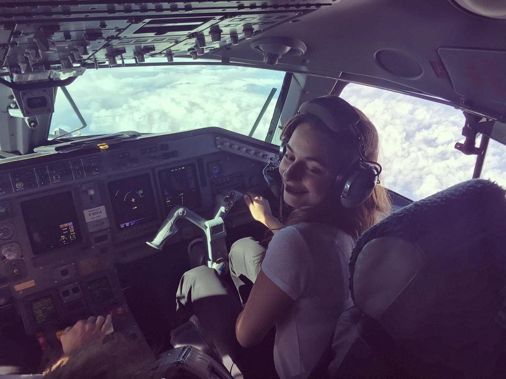 Marie spécialiste incentive Artheau Aviation